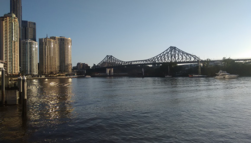 Running in the Brisbane CBD - the girl that runs